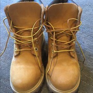 NWOB Timberland Boots. 3.5
